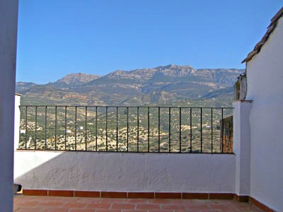 Detached house with spectacular views over Quesada