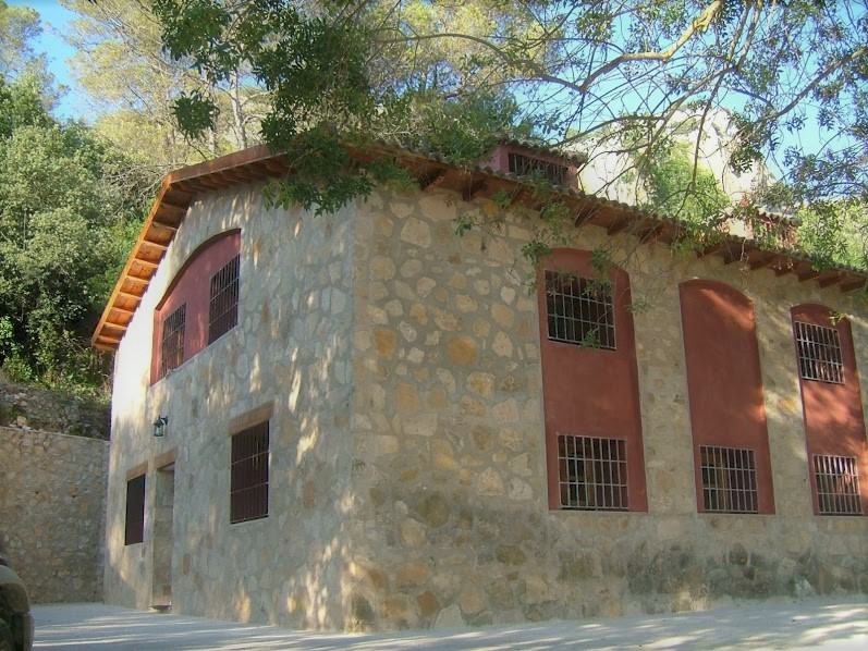 Country home/Mill in Arroyos de Plaza