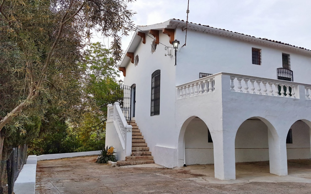 Charming Finca with palm garden and private pool